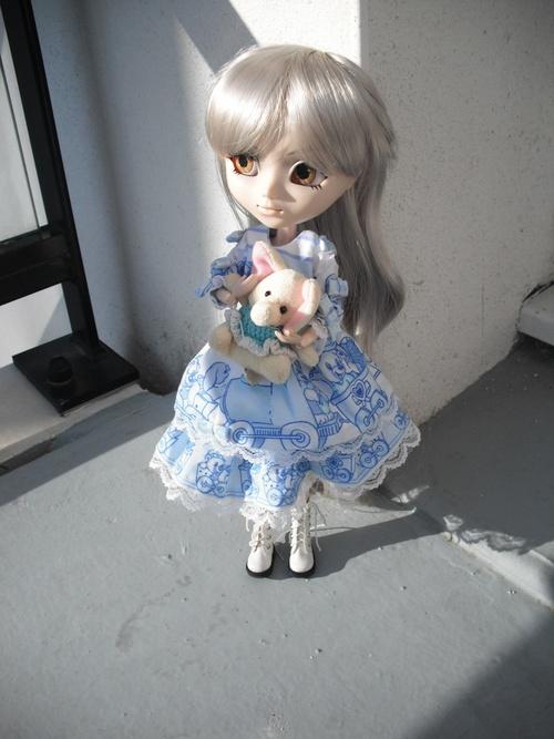 ♫ Little Good Girl ♪