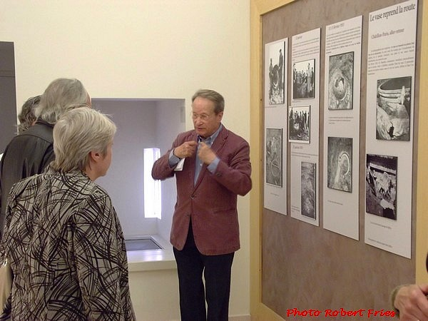 A l'initiative des Amis du Musée, un groupe de Britanniques résidant dans la région visite le Musée