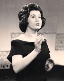 Ginette Réno