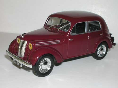 Renault Juvaquatre berline 1946