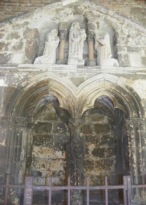 La collégiale Saint-Salvi et son cloître