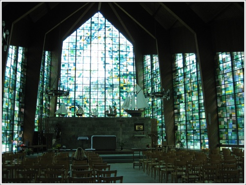 Les verrières de la chapelle
