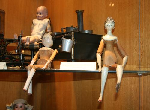 poupées moitié XIX°