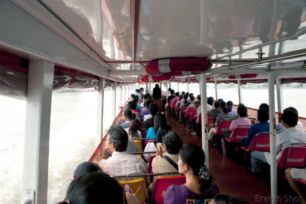 Bateau bus de Chao Phraya