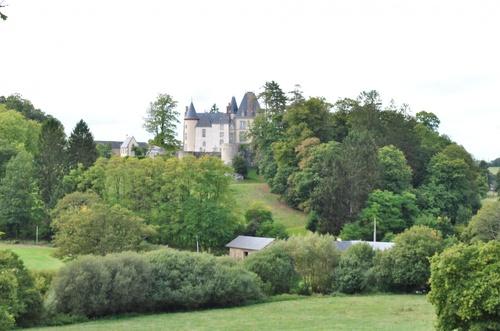CHAILLAND Le château de Clivoy