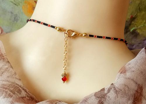 Collier pendentif, Pierre obsidienne, cristal de Swarovski & Miyukis / Gold plated brass