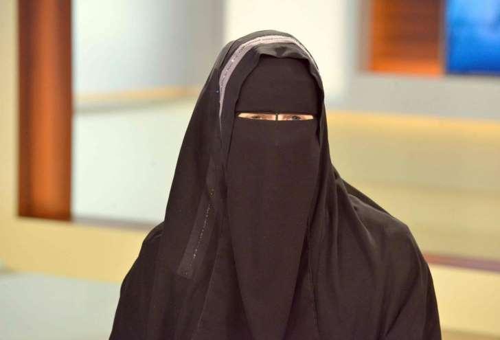 CHANTOUVIVELAVIE : Italie : une femme en niqab condamnée à 30.000 euros d'amende