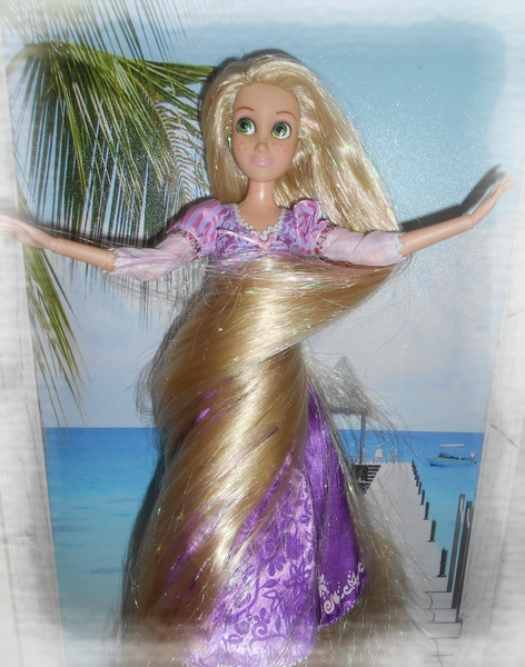 Mes poupées de disney store S9FzsMB5JNghcshKAXUX9t4HNQs