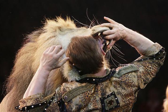 dompteur de lion cirque