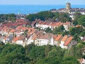 * A Boulogne-sur-Mer
