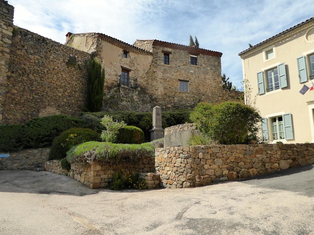 Le château de Léotoing.1