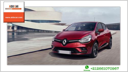 Location voiture compacte à Casablanca – La voiture à succès, La Renault Clio 4 !