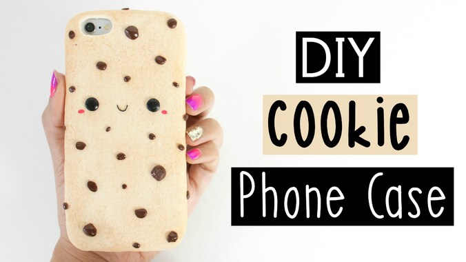 """Résultat de recherche d'images pour """"DIY CHOCOLATE CHIP COOKIE PHONE CASE!"""""""