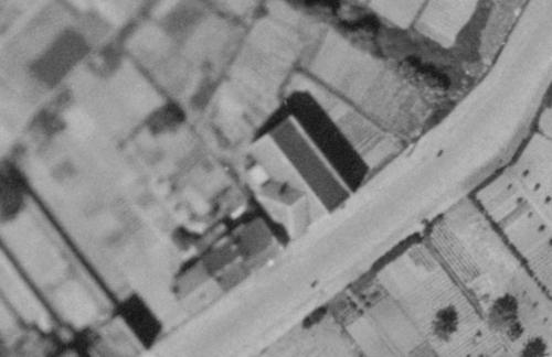 Croix, rue Raspail en 1947, le temple (remonterletemps.ign.fr)