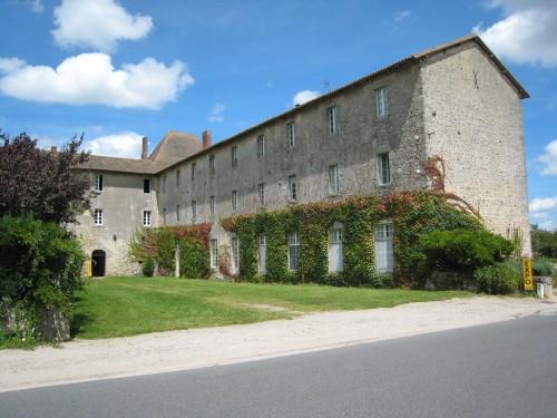 Mortemart-couvent-des-carmes.jpg