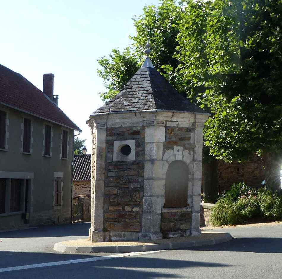 Miallet, joli village de Dordogne.
