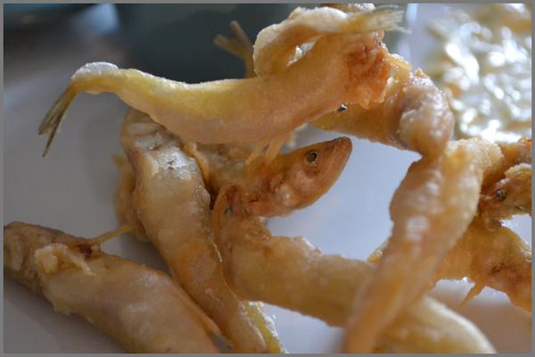 Eperlans en friture & purée à l'ail
