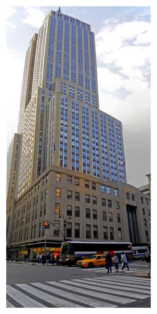 New-york--Empire-state-building1.jpg