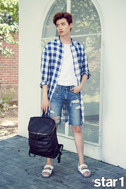 Lee Jong Suk pour @Star1