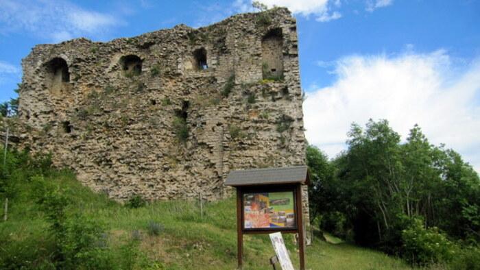 Vestiges médiévaux de Vaudémont