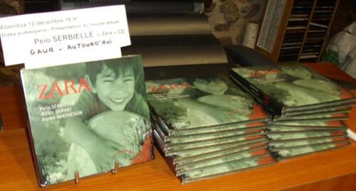 Peio Serbielle à la librairie Kukuxka Donibane Garazi