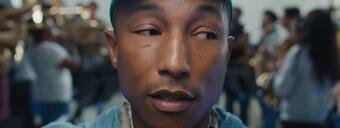 Pharrell Williams revient sur les ondes