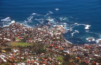 cpt camps bay from table mountain b