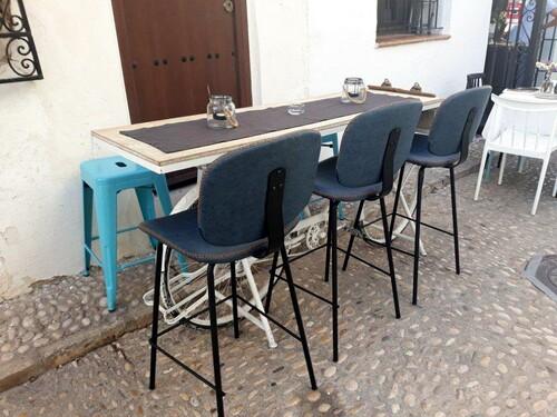 Une table pour notre ami Michel