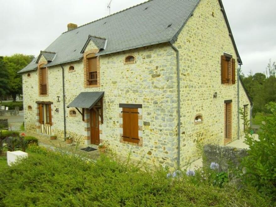 st-jean-sur-Erves4.jpg