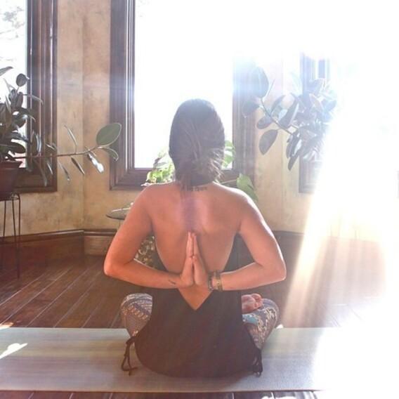 Yoga-e.jpg