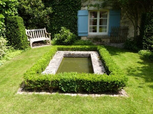 le-jardin-de-theo---mai-2014---le-bassin.jpg