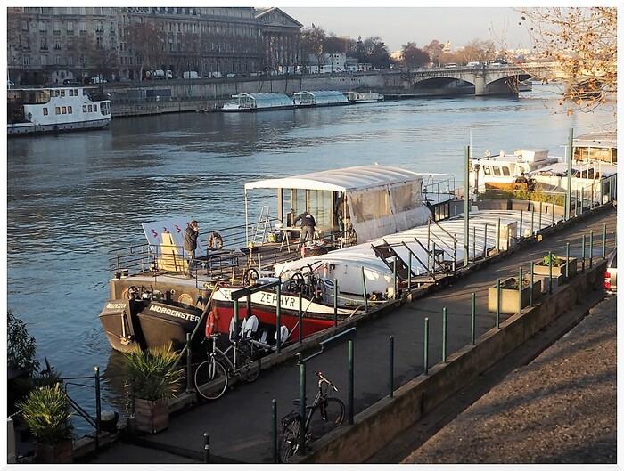 Longer la Seine. Du musée d'Orsay au Grand Palais. PARIS 02
