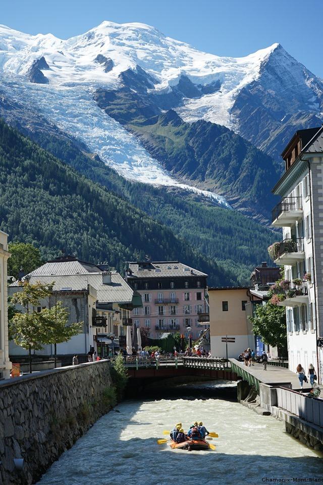Chamonix au pied du Mont Blanc