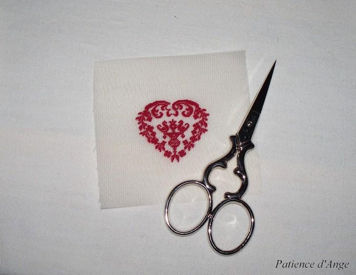Coeur sur gaze de soie 22fils Patience d'Ange Angélique LEVY
