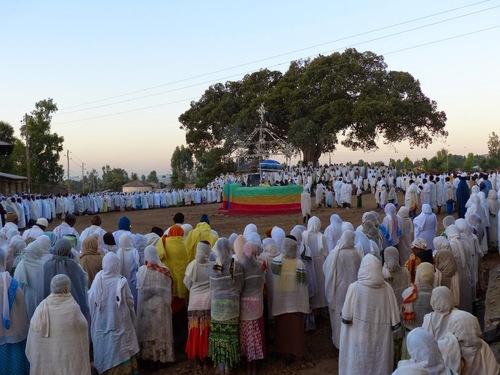 fin de la procession;