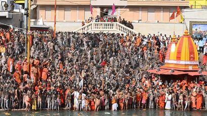 Le Covid hors de contrôle en Inde, après le pèlerinage de Kumbh Mela,
