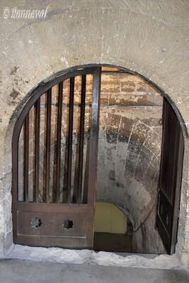 Palais des Papes entrée de la cave du Camérier Avignon Vaucluse Unesco