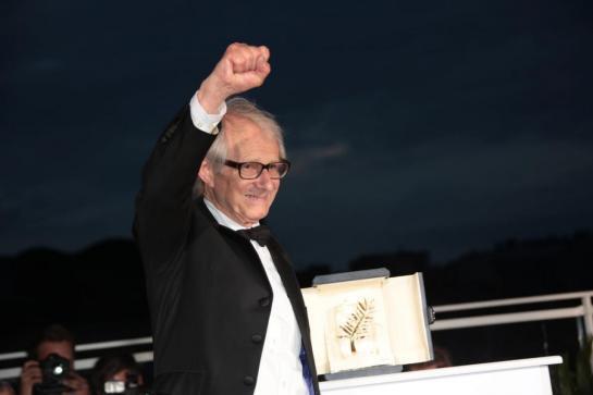 Ken Loach remporte la Palme d'or pour la deuxième fois, à la 69e édition du Festival de Cannes.