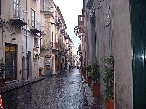 Rue-de-Palerme-2.jpg
