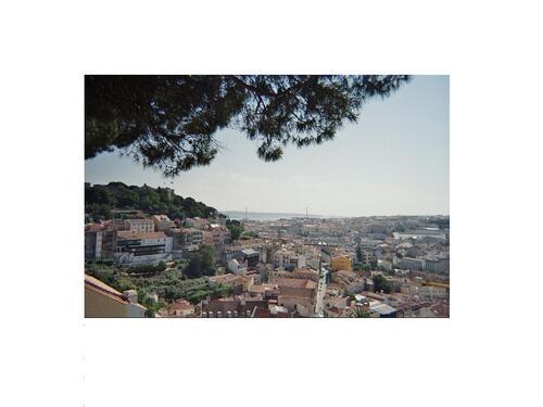 JULIEN A LISBONNE (Portugal) juillet  2013 pour colloque Moyen Age
