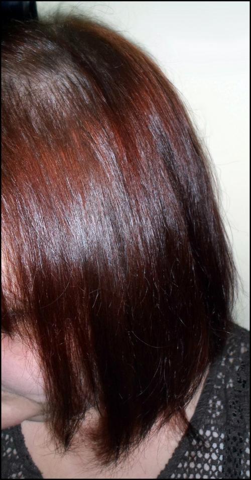 Réparer ses cheveux abimés avec la gamme Douglas Hair