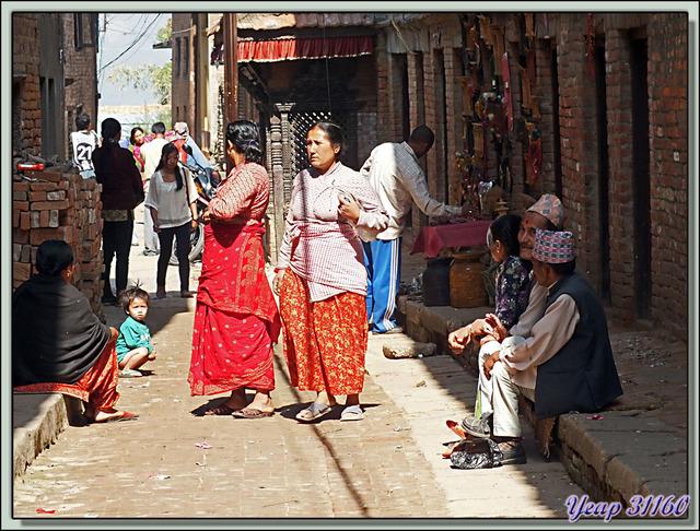 Blog de images-du-pays-des-ours : Images du Pays des Ours (et d'ailleurs ...), Dans les rues moyenâgeuses de Bungamati, ville Newar - Népal