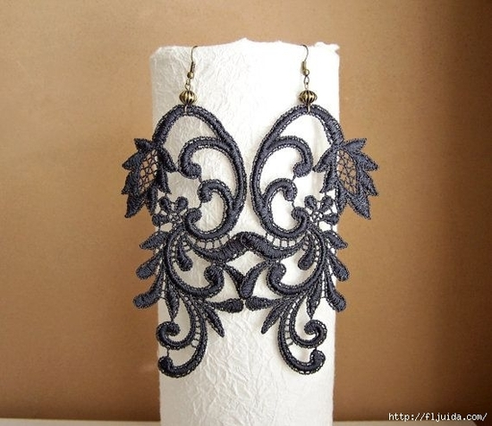 105914312_large_laceearrings