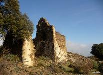 St Christophe de Fornols, chapelle ruinée