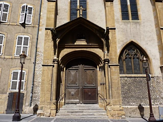 Nativité allaitante église Saint-Martin Metz 13 Marc de M
