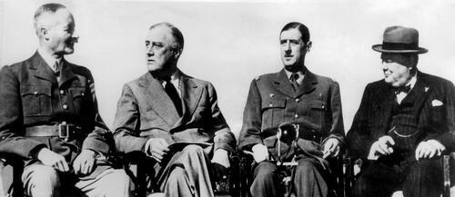 """* """"Mais pourquoi le cinéma français boude-t-il le général de Gaulle ? un article de Philippe Guedj, Le Point.fr"""
