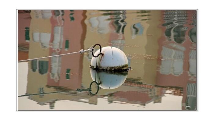 Reflets sur Nautica (quartier du Barcares)