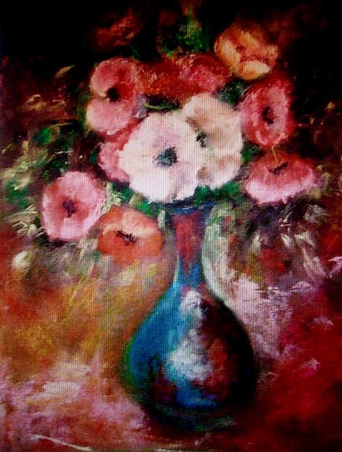 Anémones dans un vase bleu