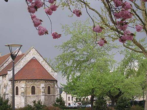 La-chapelle-romane 0743