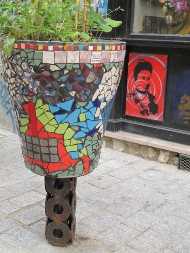 street-art Denoyez pot fleur 8803